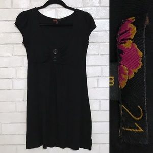 🧁 21 Comfortable Black Dress w/ Big Buttons